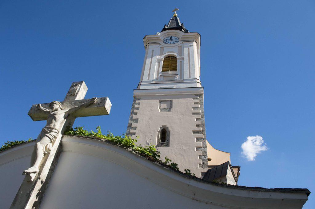 A kecskeméti Szent Miklós tempolom, más néven Barátok temploma